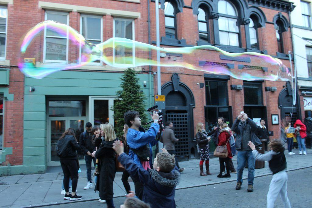 Circus Wunderbar Nottingham Event Entertainment Giant Bubbles 3 Circus Skills