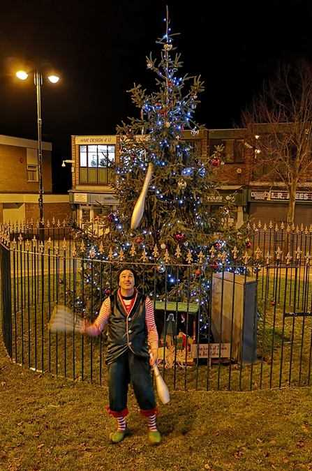 Elf juggling Christmas event